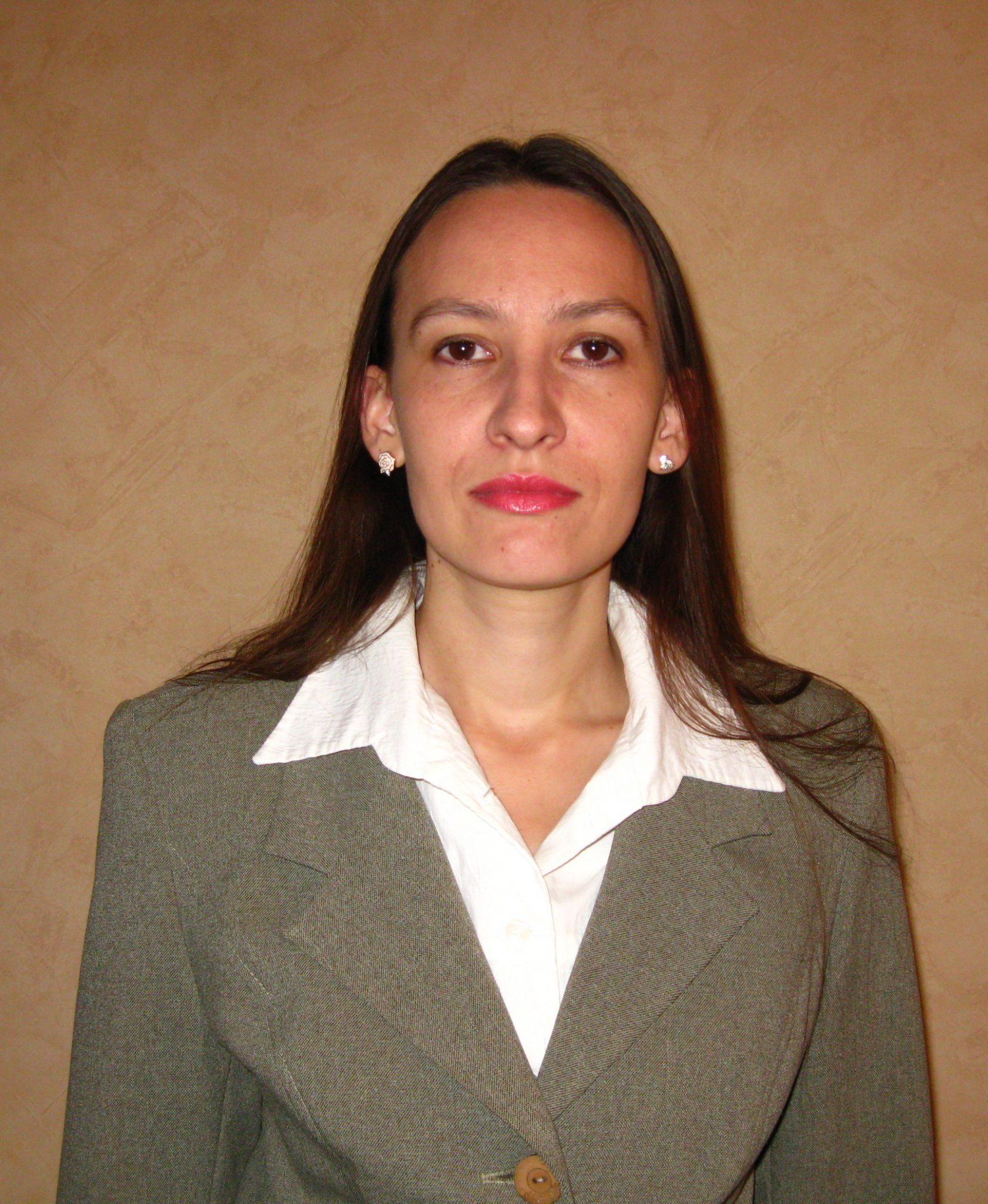 Вiра Василiвна Цинкуш : вчитель інформатики