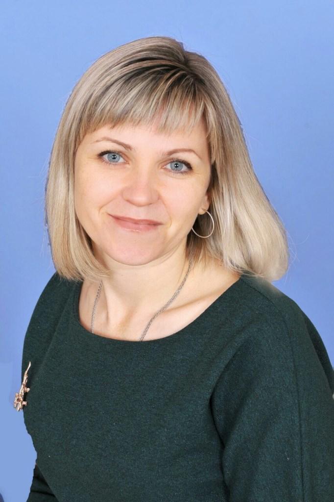 Валентина Володимирівна Єременко : вчитель украінської мови та літератури