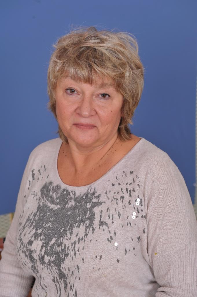 Наталiя Вiкторiвна Мiняйло : прибиральниця
