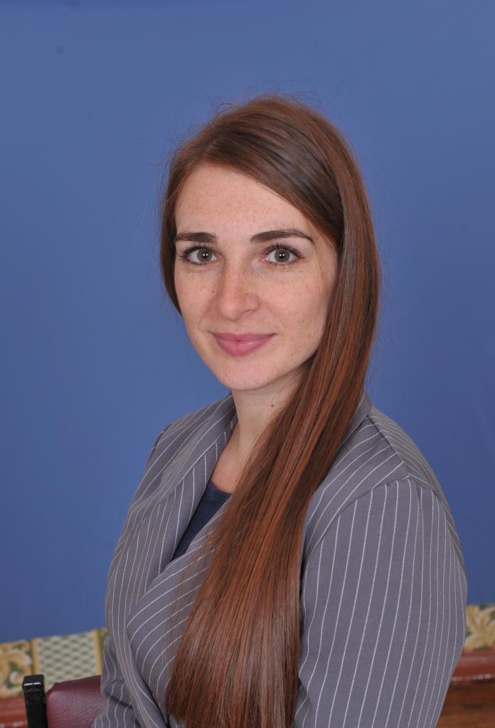 Марiя Юрiївна Андонiна : вчитель украінської мови та літератури